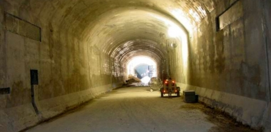 Rehabilitated tunnel with final cast-in-place lining