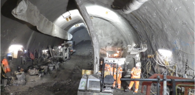 Excavation and support of Northern line concourse tunnel