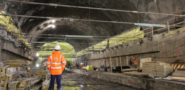 Excavation of station cavern complete with tension ties visible